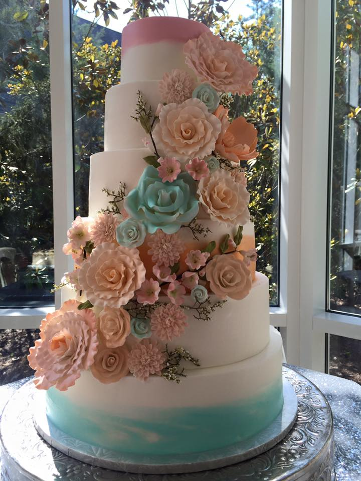 Custom Cakes Testimonials Contact GALLERY SIGN UP FOR DEALS