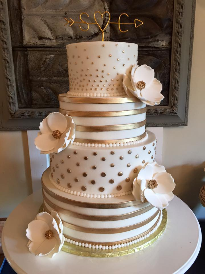 Beautiful Wedding Cakes By The Baking Grounds Bakery Cafe